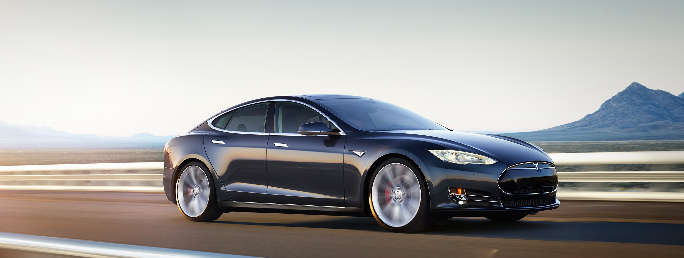 Tesla D 4wd And Up To 700 Electric Horsepower The